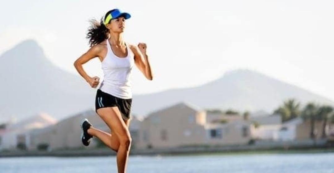 Расходуется больше жира: названо лучшее время для бега