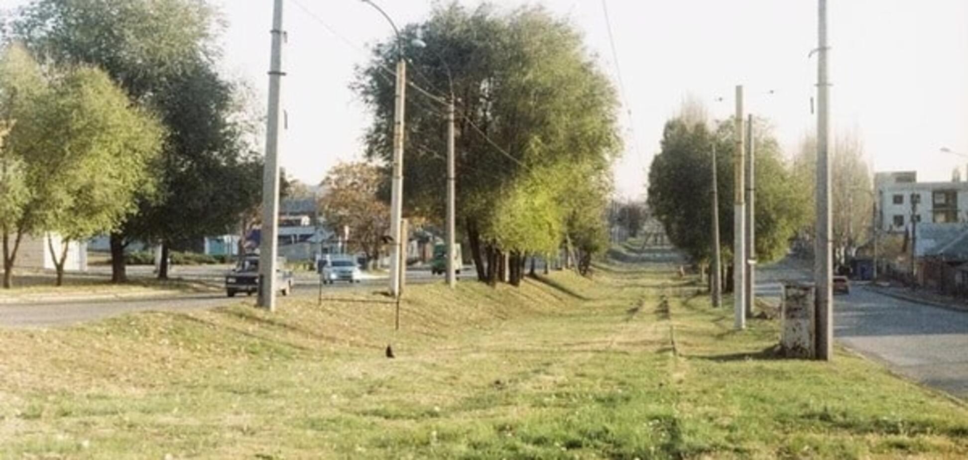 До чого дійшов прогрес: у Луганську трамваї стали 'безконтактними і повітряними'. Фотофакт