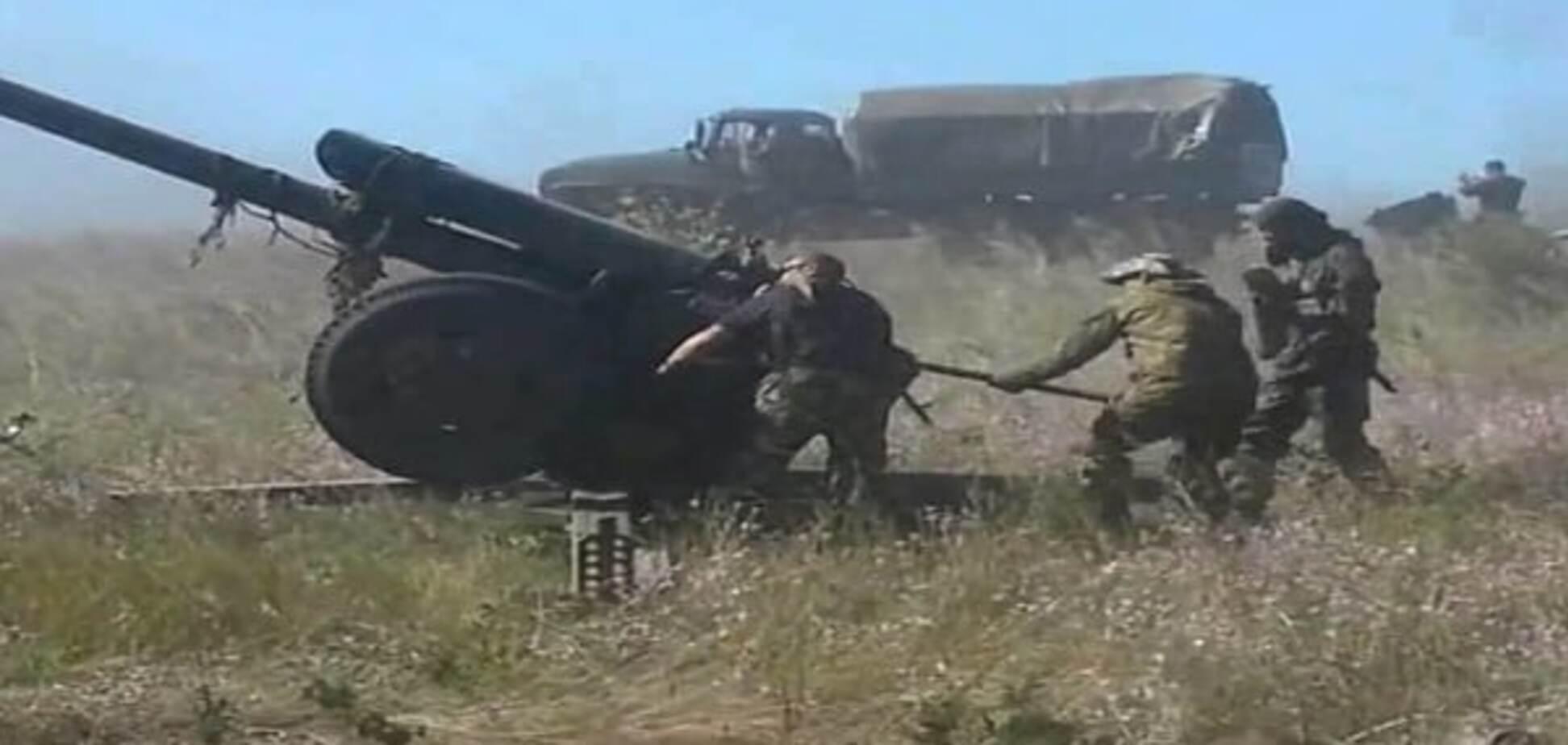 Вогневі нальоти на Донеччині: терористи зруйнували будинки мирних жителів