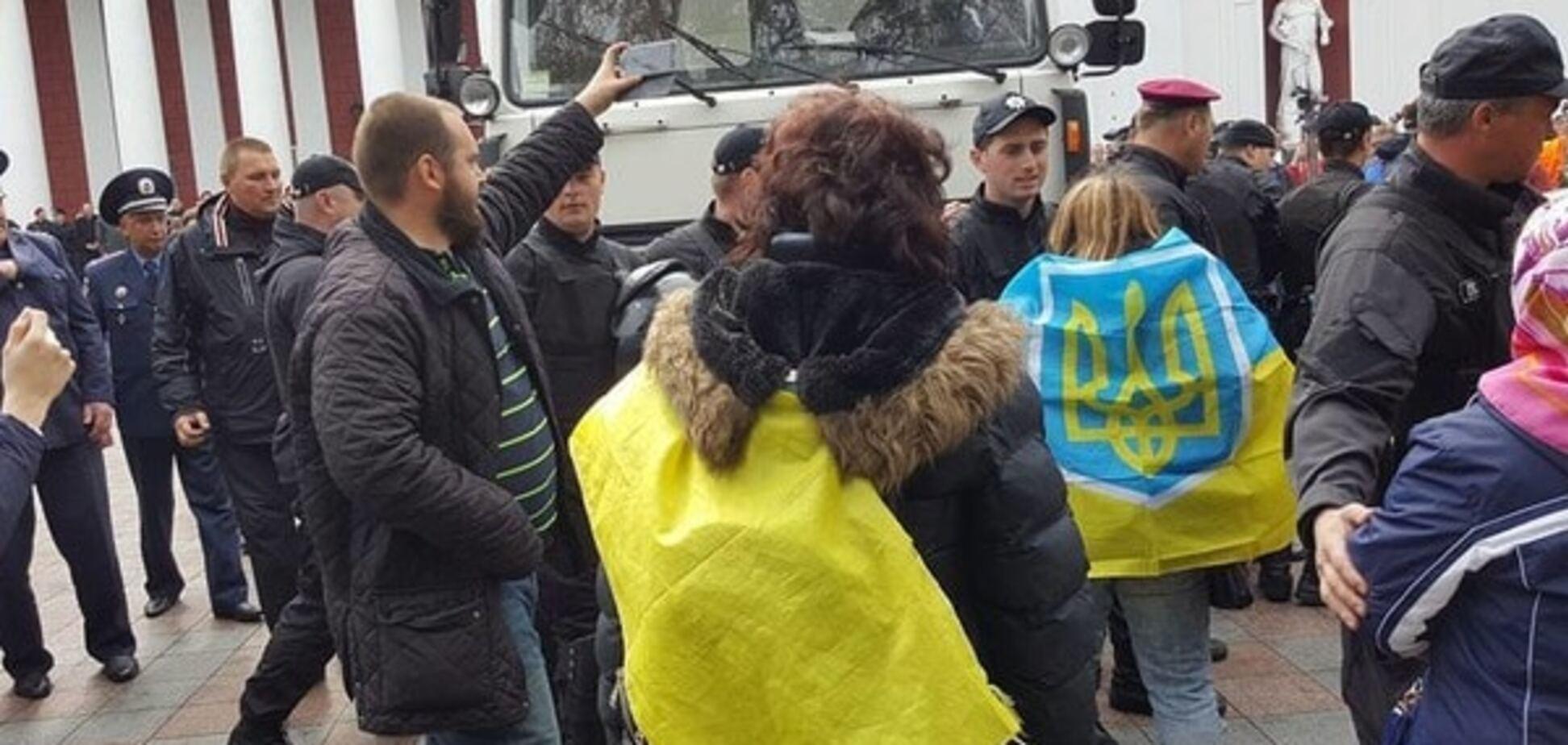 Протести в Одесі: поки активісти блокували мерію, Труханов покинув країну