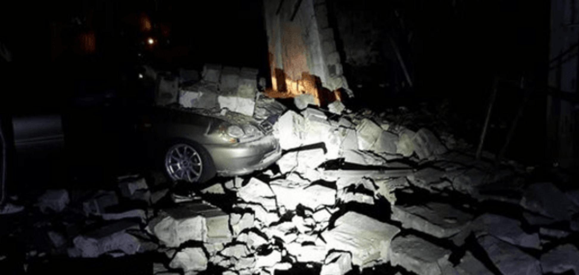 Падение стены в Киеве