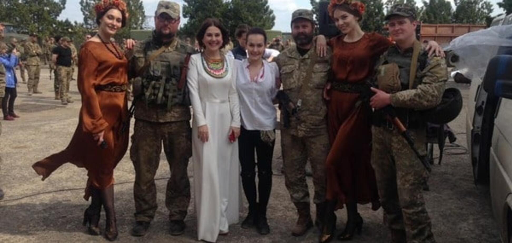 Знаменита українська гімнастка: люди в АТО зберігають людяність, а ми в мегаполісах забуваємося