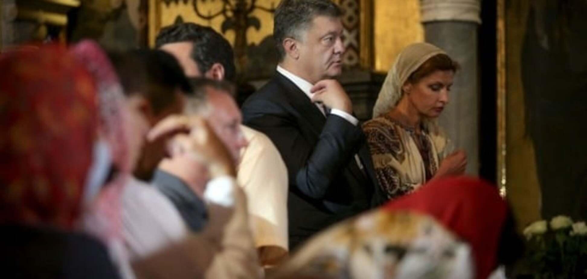 Порошенко звернувся до українців у Великодній вечір