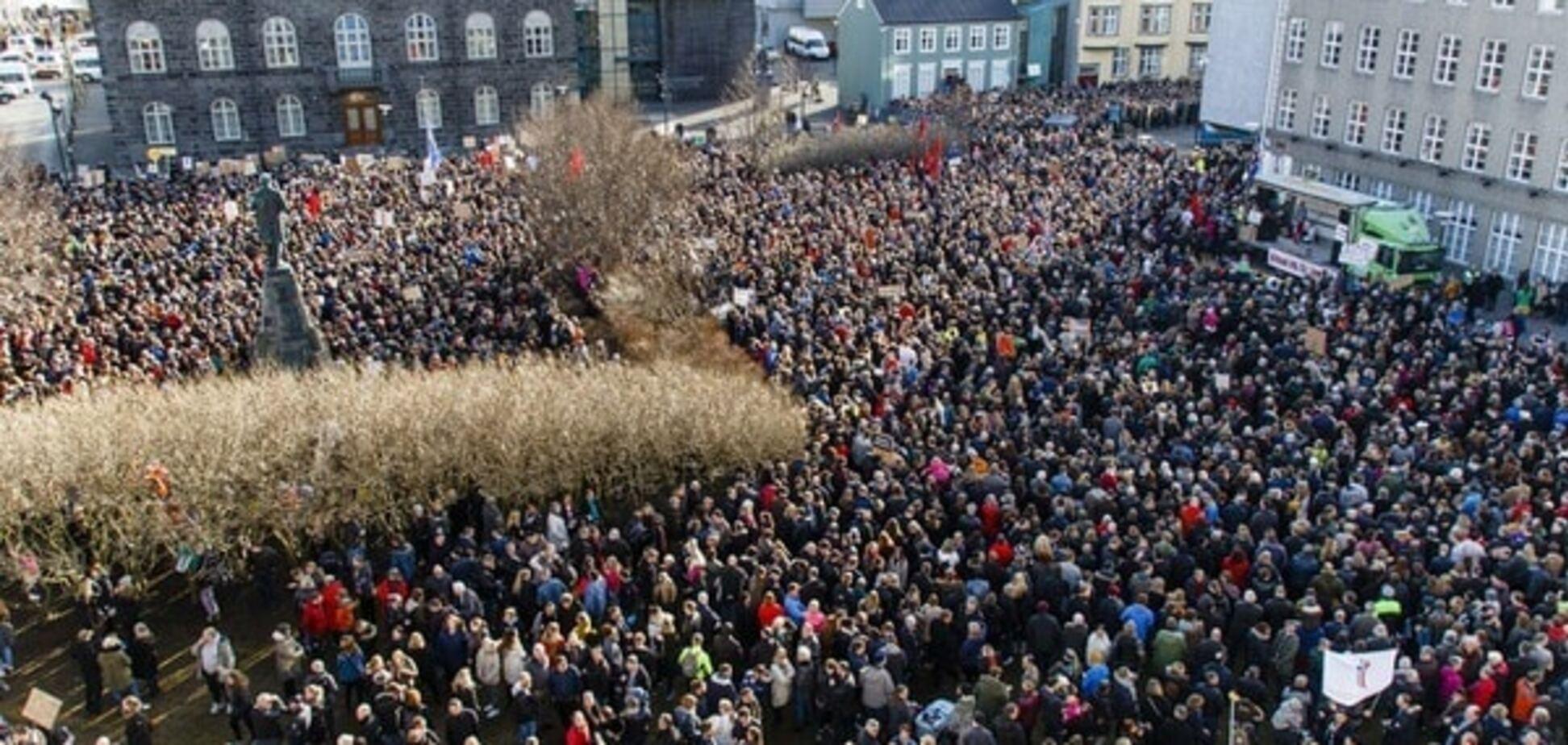 Офшорний скандал: в Ісландії тисячі людей вийшли на мітинг проти прем'єра