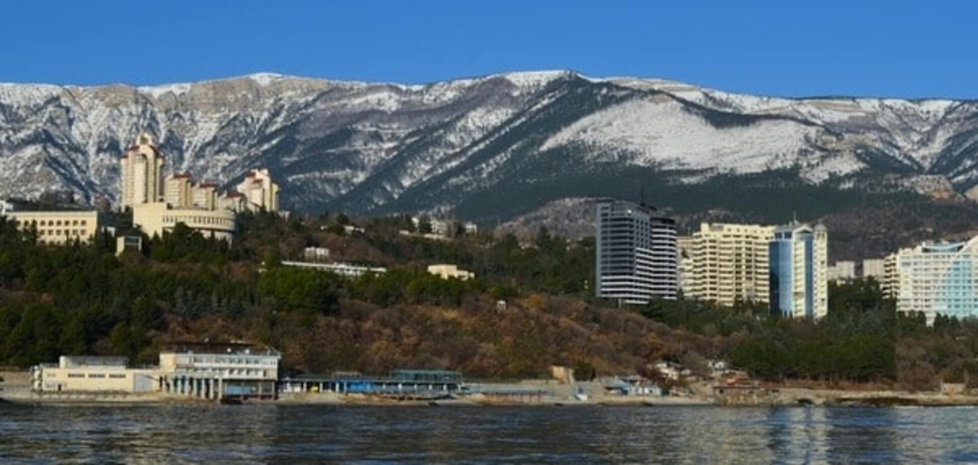 Українці позбавляються від нерухомості в Криму, а їм на зміну приходять росіяни