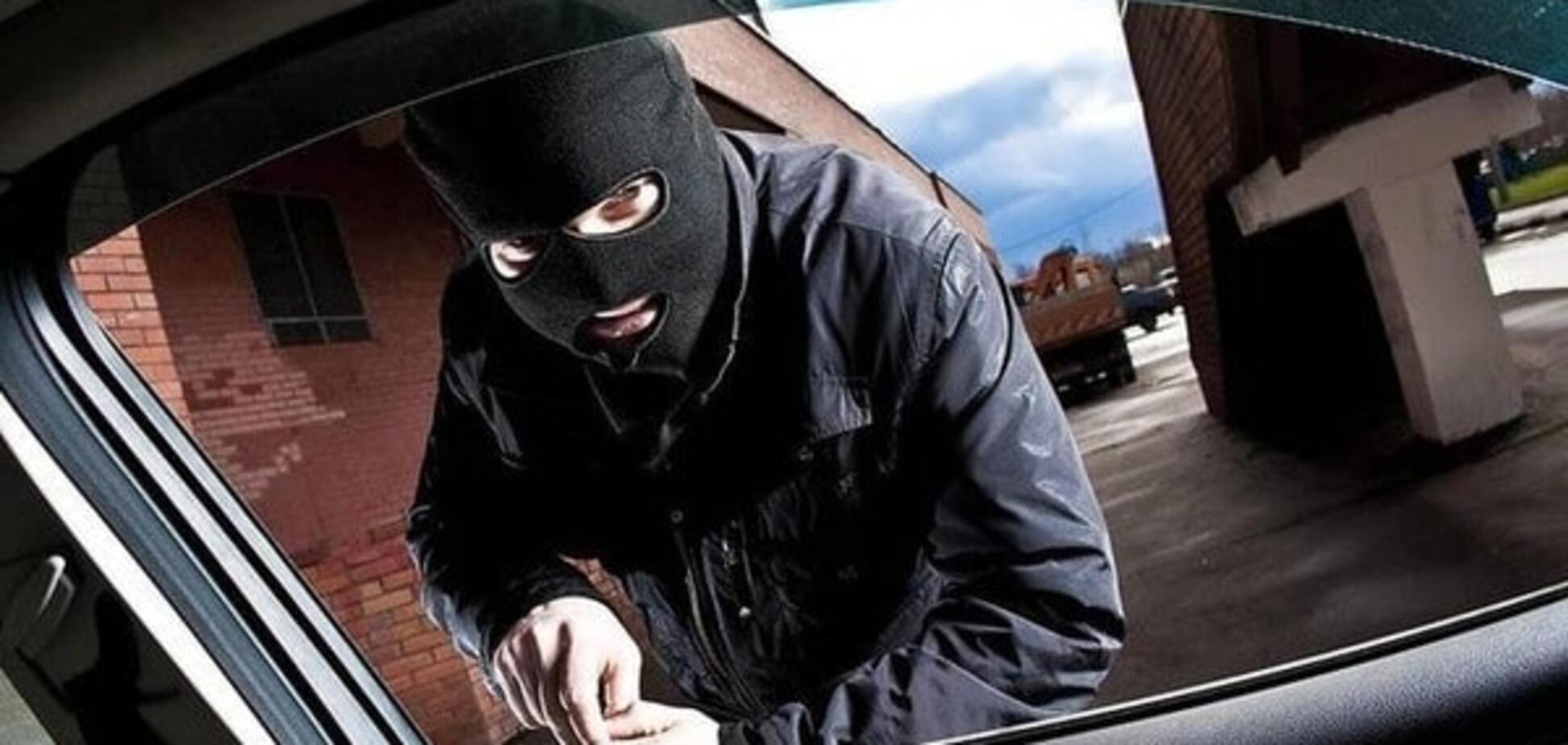 У Києві затримали групу автозлодіїв
