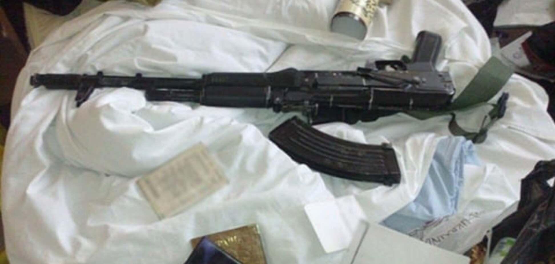У київському готелі 'Либідь' виявили зброю