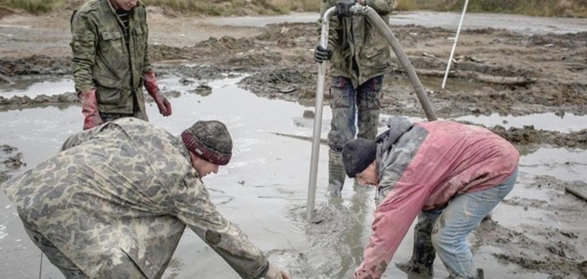 'Криша': журналіст розповів, скільки копачі бурштину платять правоохоронцям