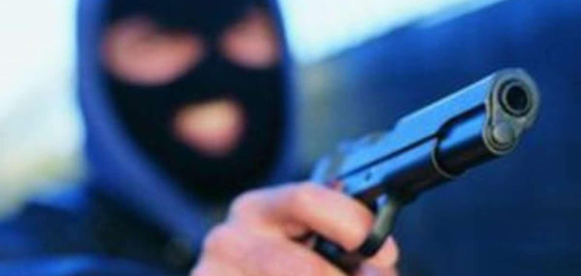У Києві грабіжники напали на офіс з видачі кредитів