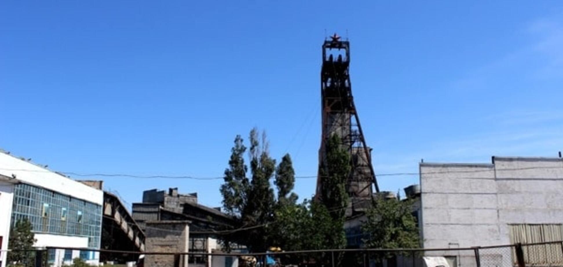 Мінус одна шахта: терористи вивозять з Донбасу обладнання підприємств