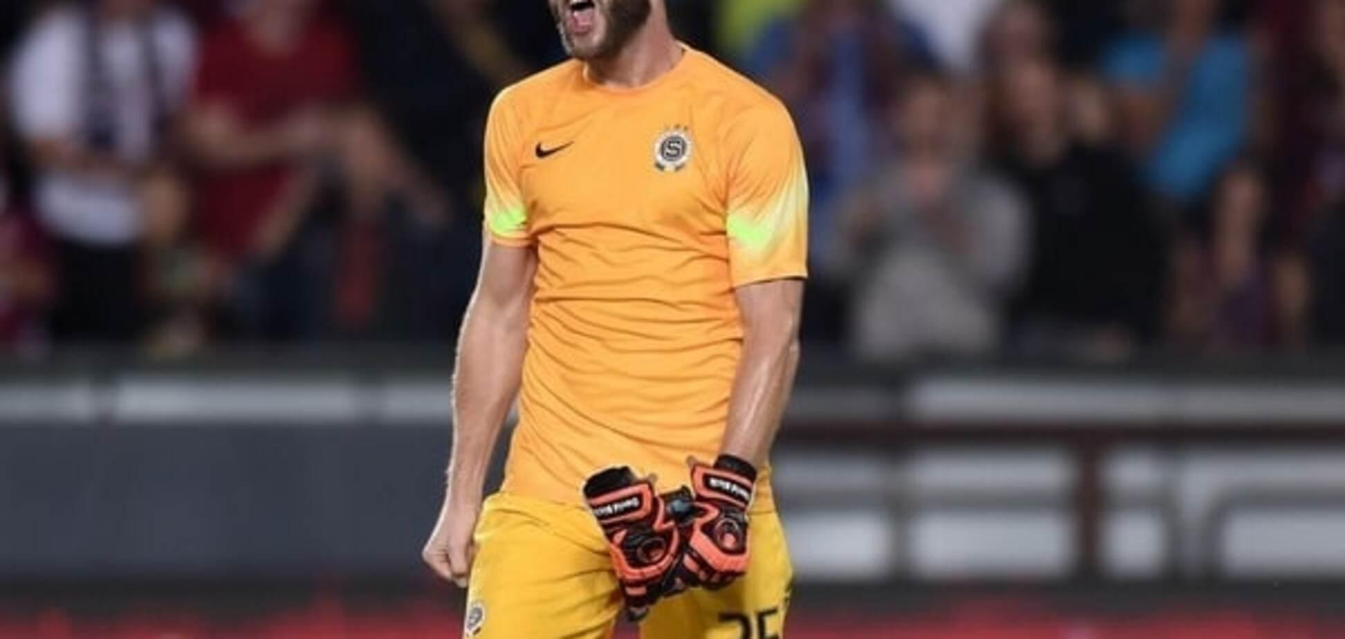 Ганьба дня. Чеський воротар 'привіз' своїй команді безглуздий гол у Лізі Європи: відео-моменту