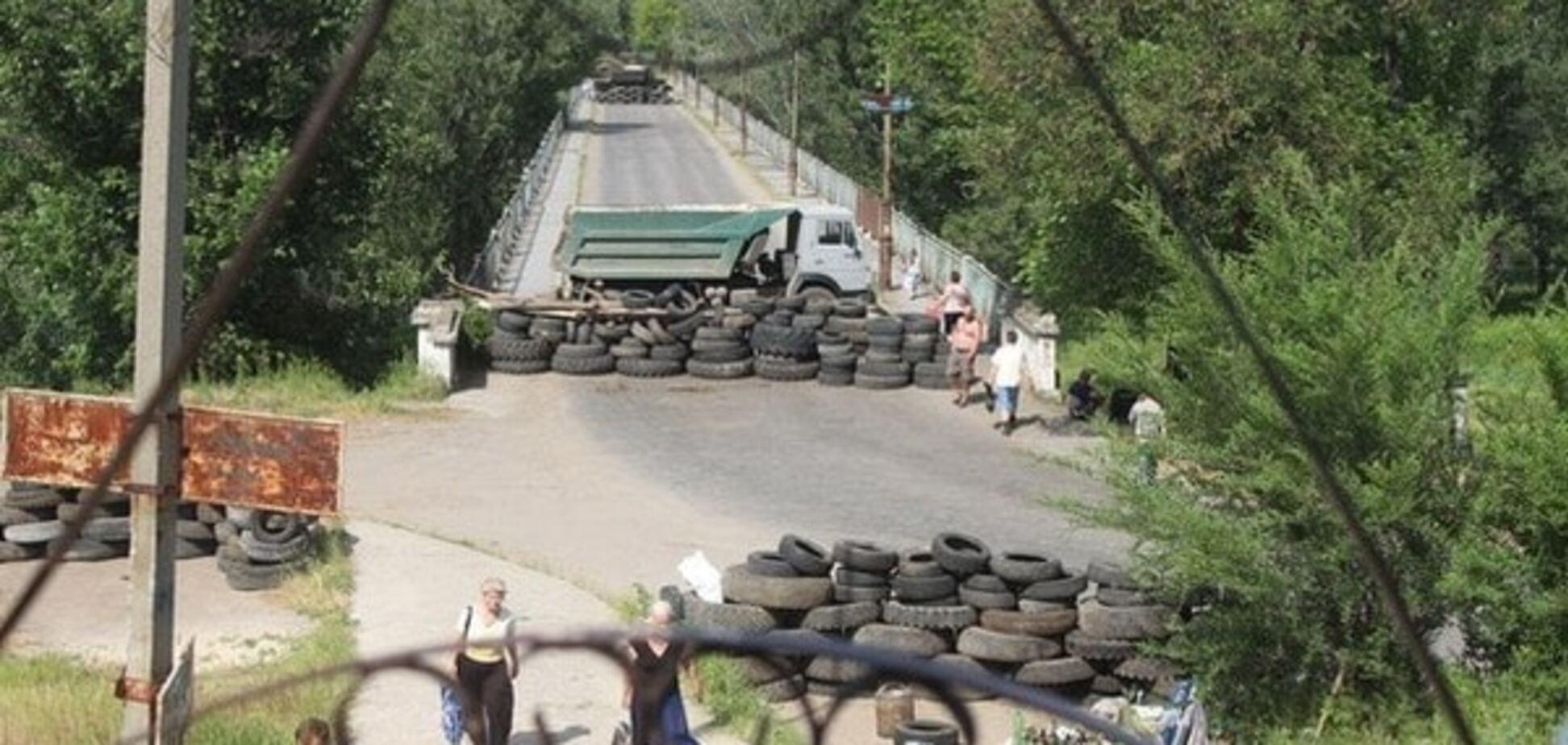На Луганщині три блокпости почнуть працювати в цілодобовому режимі