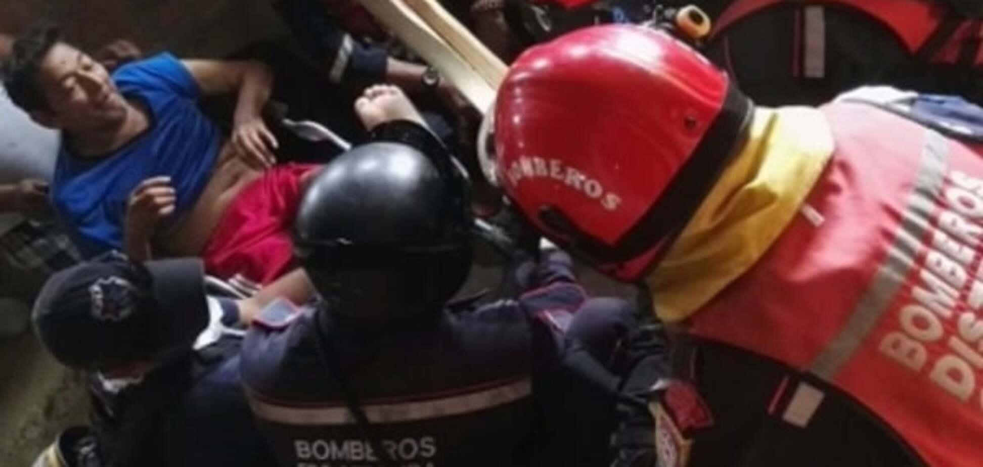 Справжнє диво: в Еквадорі врятували чоловіка, який 13 днів пролежав під завалами