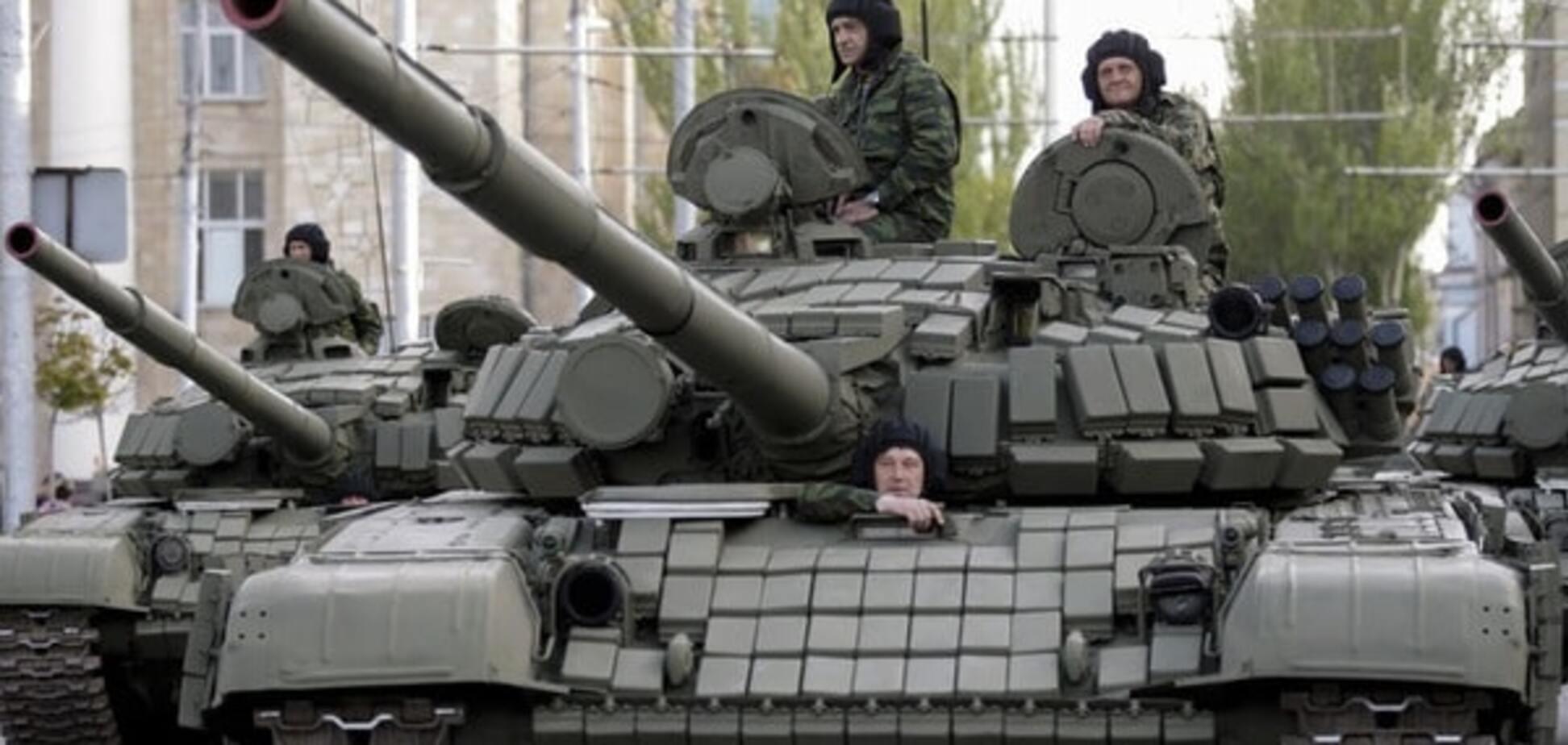 Експерт розповів, що буде з технікою, надісланою Росією 'на парад' в Донецьк