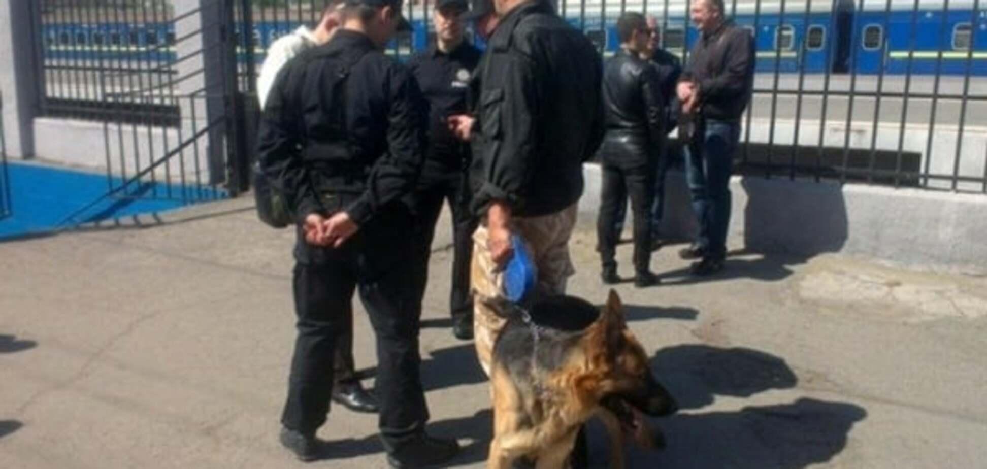 Поліція в Одесі не пропускає людей на Куликове поле через ультиматум - ЗМІ