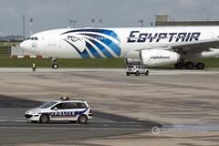 За хвилини до катастрофи з борта EgyptAir надходили тривожні повідомлення