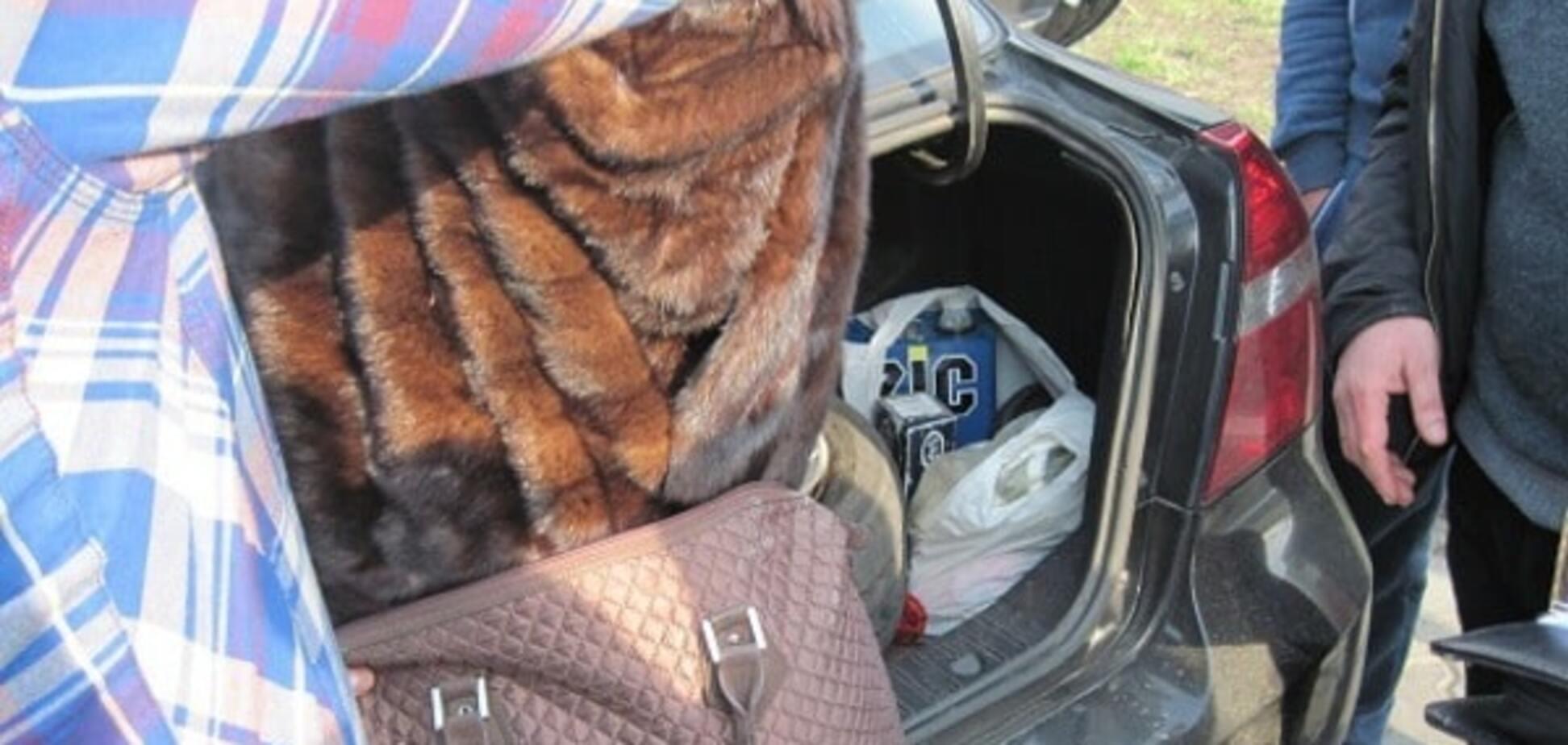 У Києві затримали злодіїв, які викрали шуби: опубліковані фото