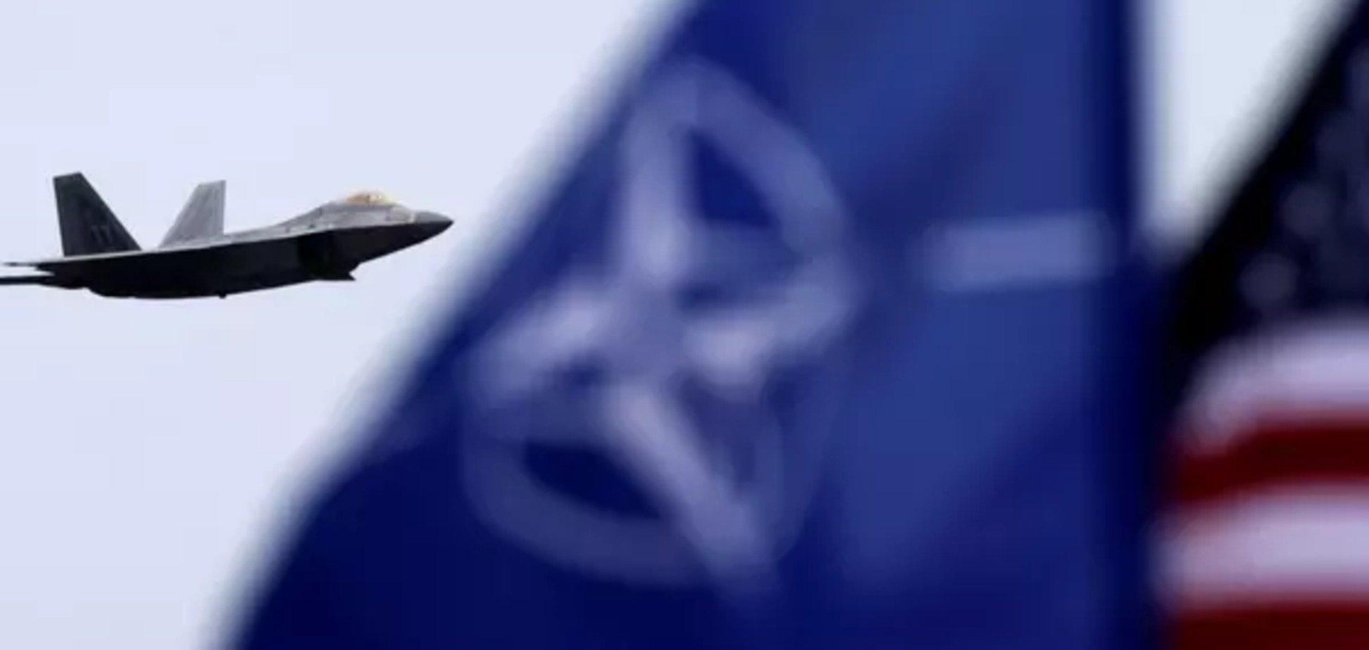 НАТО - опора для мира