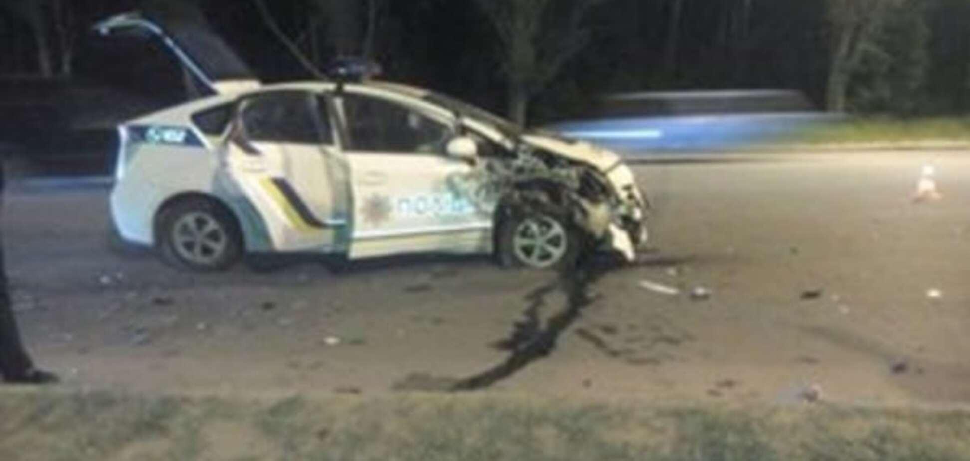 У Харкові автомобіль поліції потрапив у потрійну ДТП