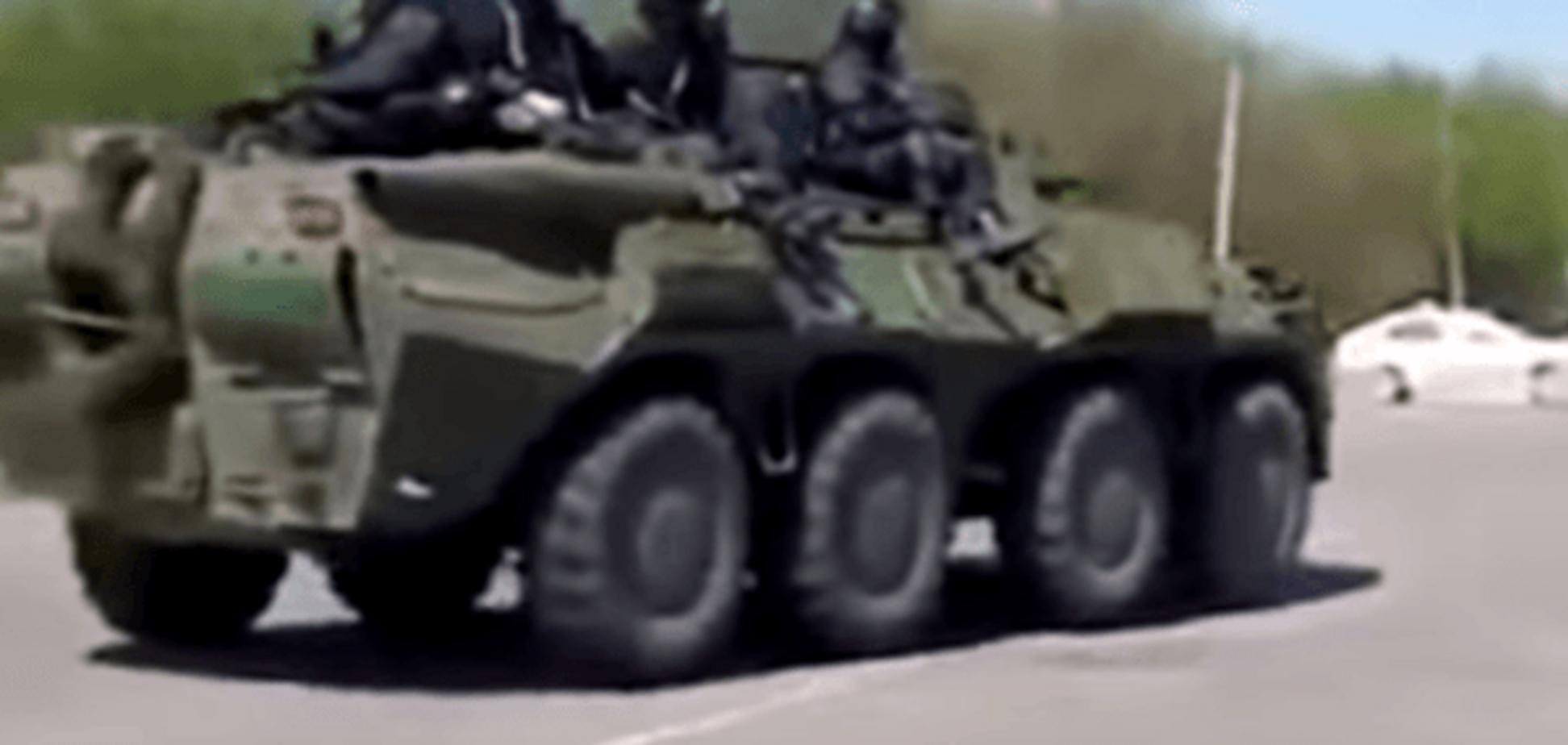 Почалася велика війна: в МВС показали, як 'чорні демони' розбили бойовиків під Семенівкою