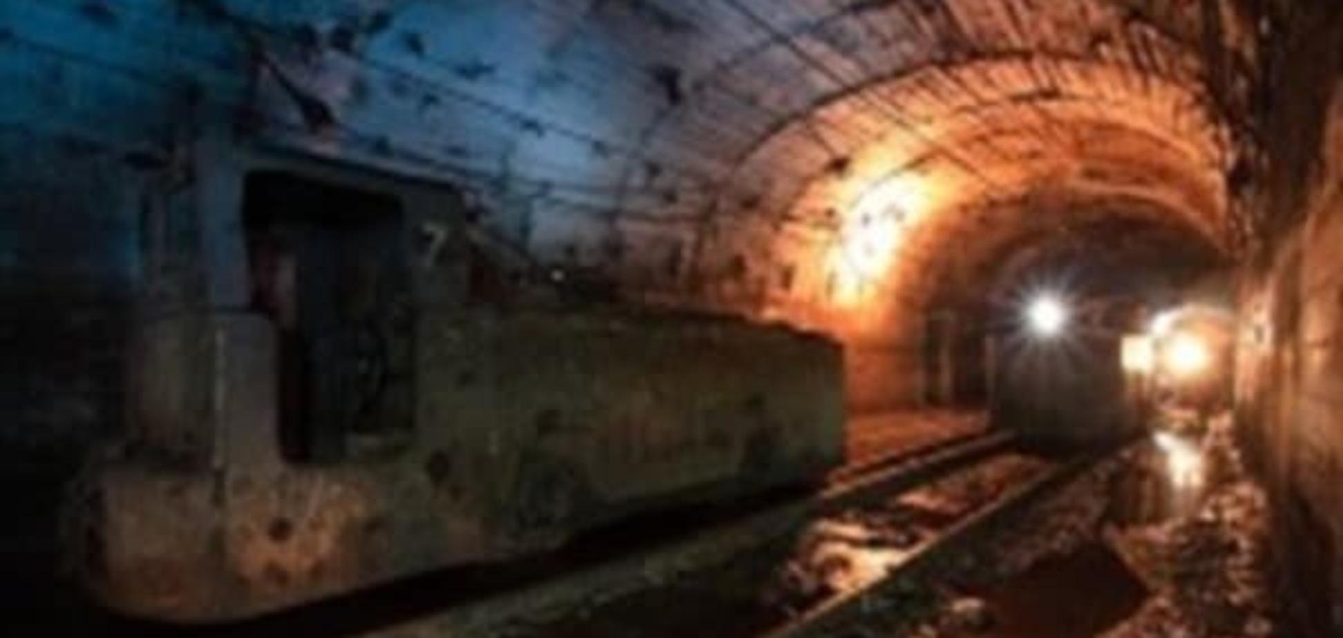 У Донецькій області стався обвал на шахті: гірників вдалося врятувати