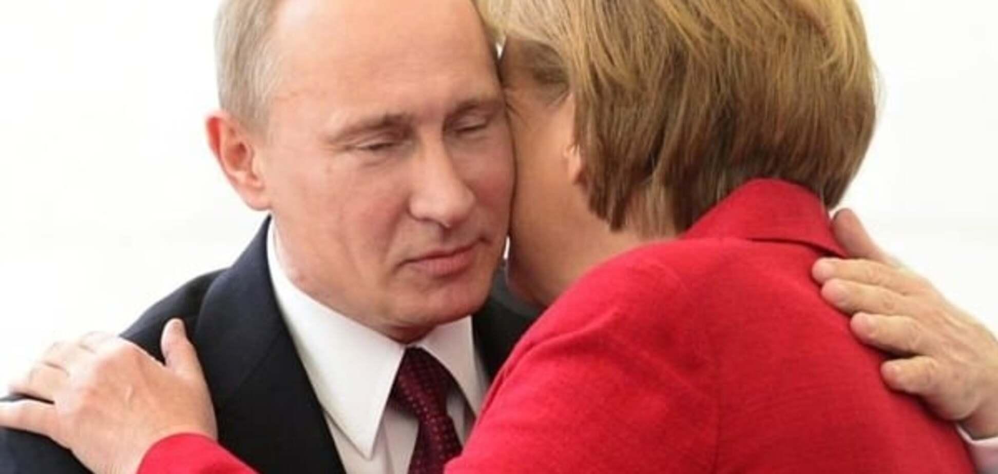 Путин оказался на распутье двух дорог