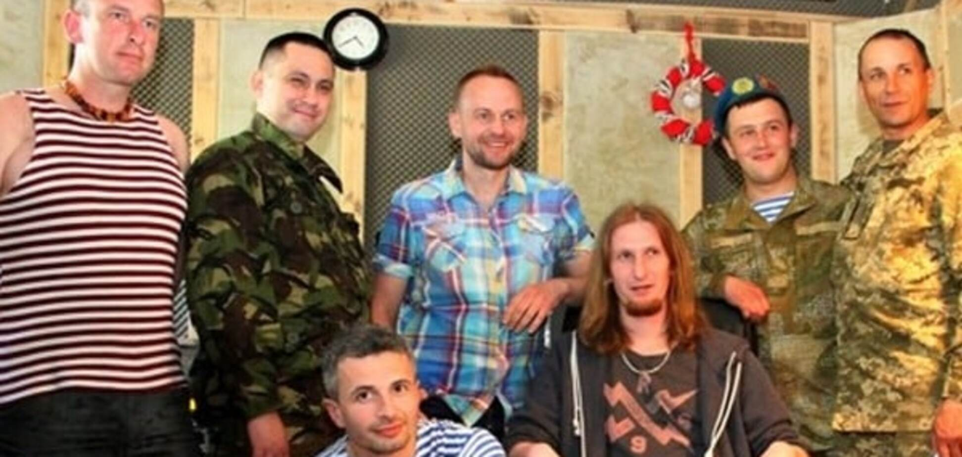 Павел Табаков с бойцами АТО