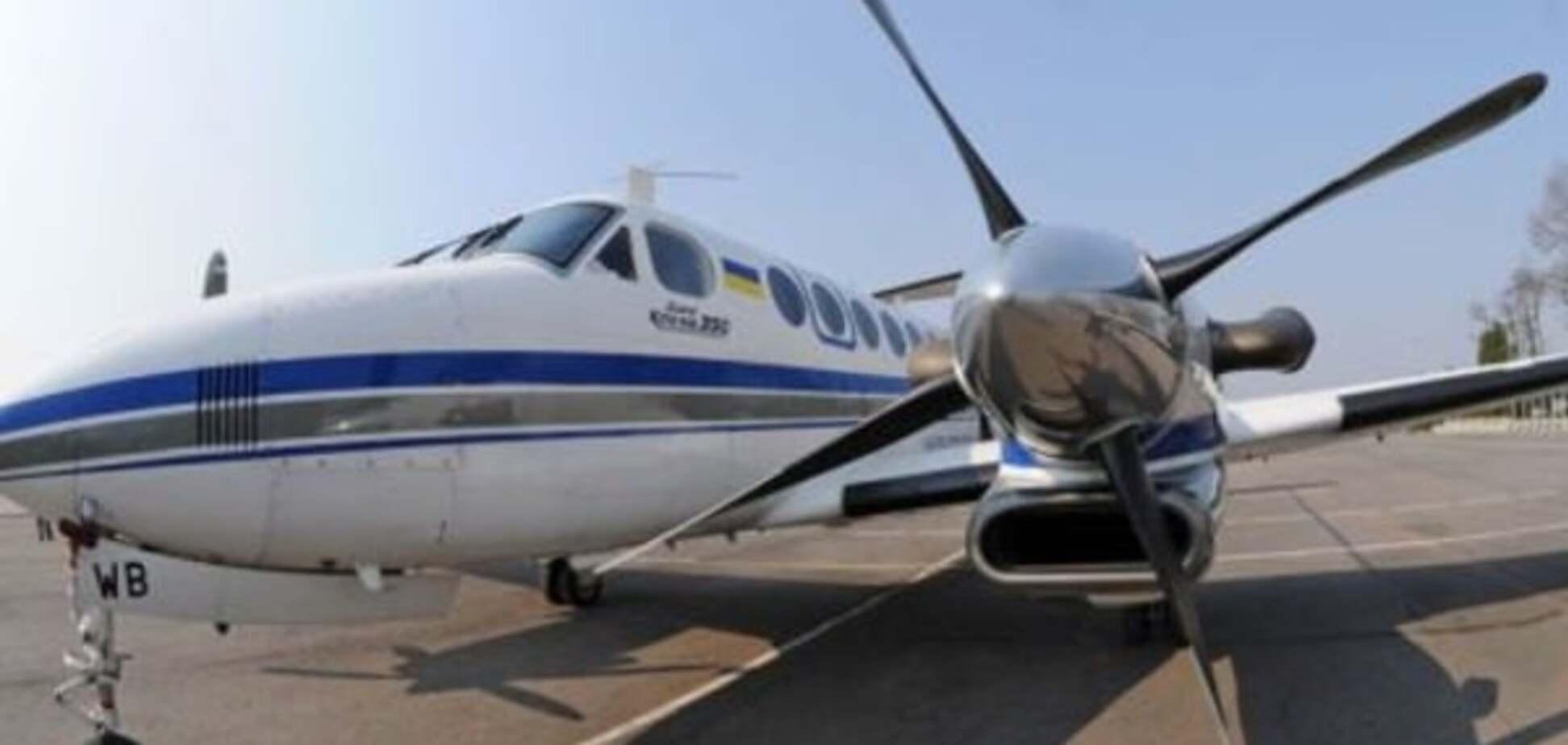 Чтобы не убежал: НАБУ арестовало самолет Онищенко