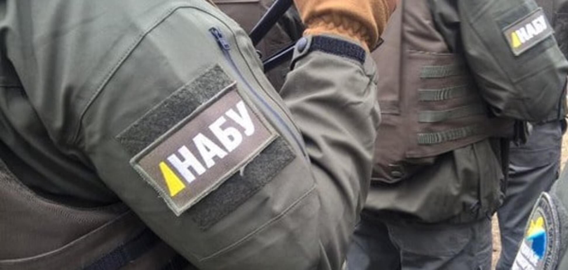 НАБУ затримало головного санлікаря України