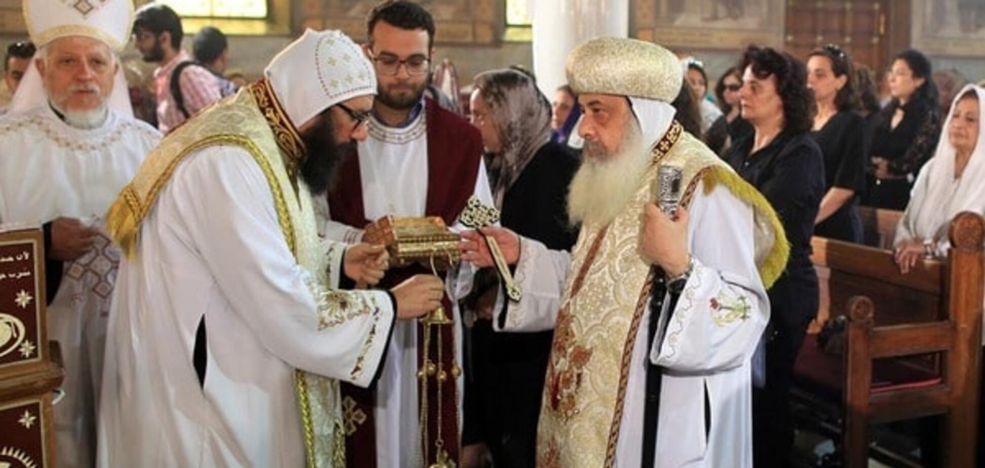 священики греція
