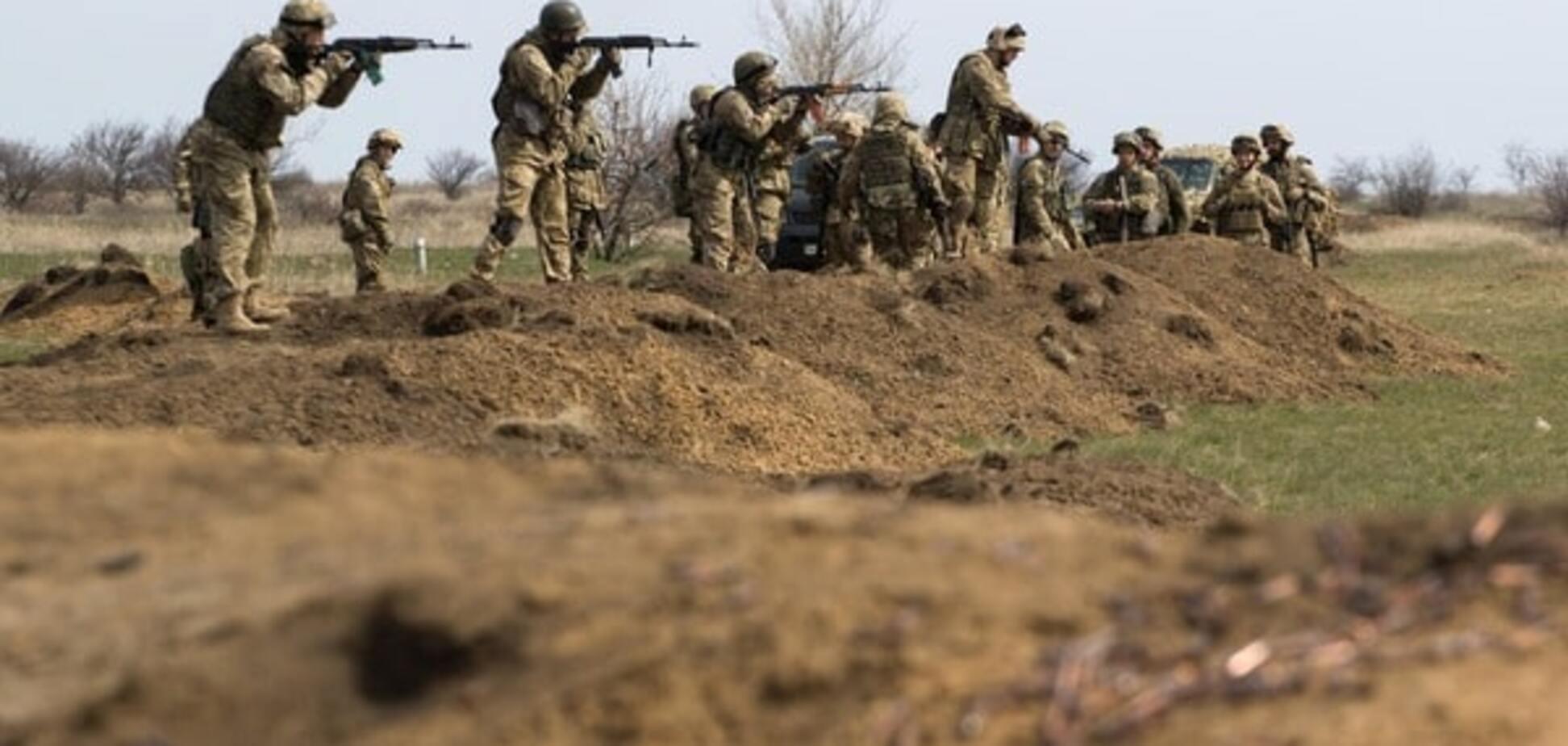 Бойцы батальона \'Азов\' под Мариуполем