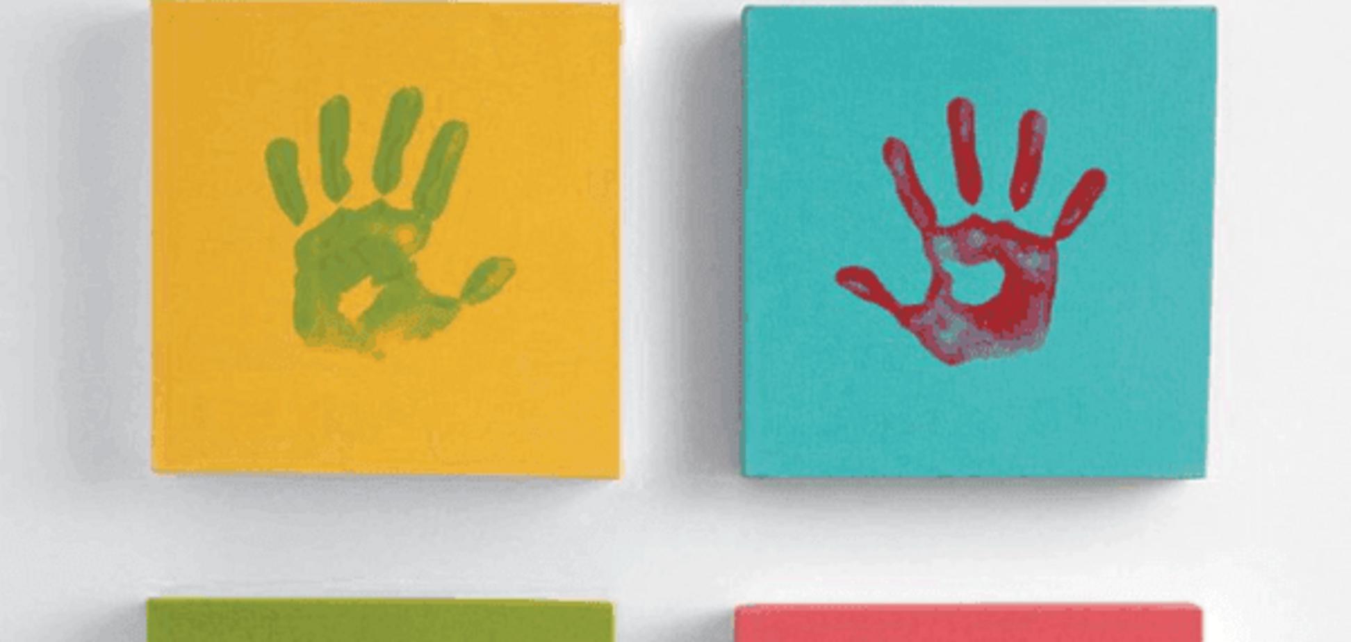 7 стильных идей для картин из отпечатков ладошек