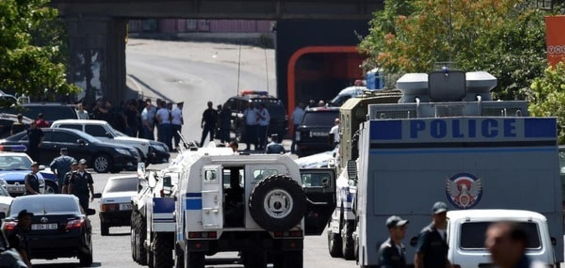 Захват заложников в Ереване