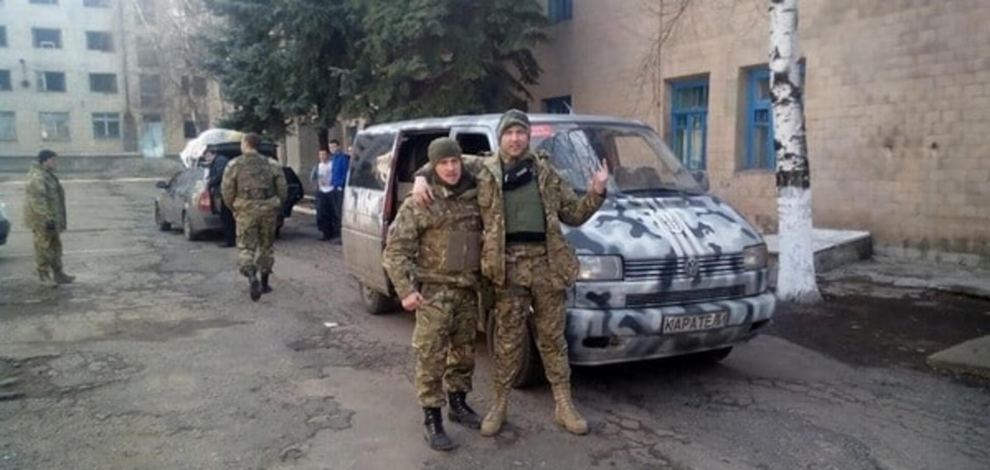 Підозрюваний Дмитро Голуб (праворуч)