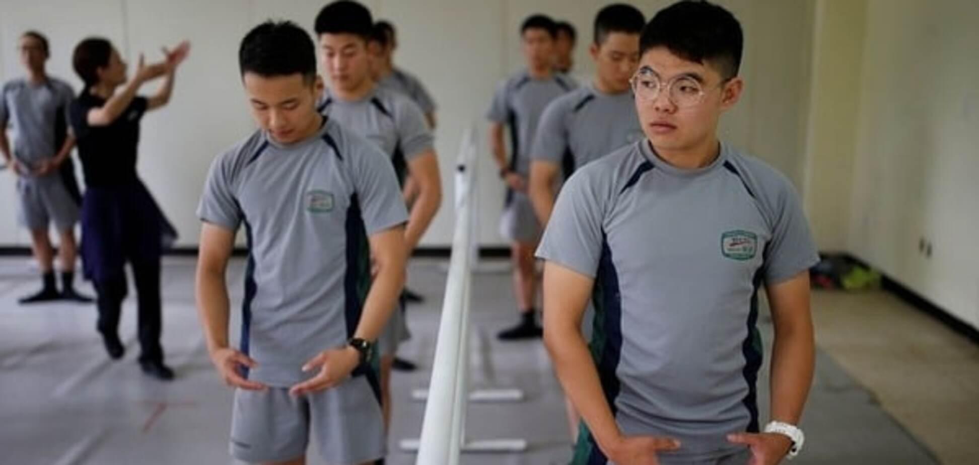 'Лебединое озеро': в сети показали, чем занимаются южнокорейские солдаты на досуге. Видео