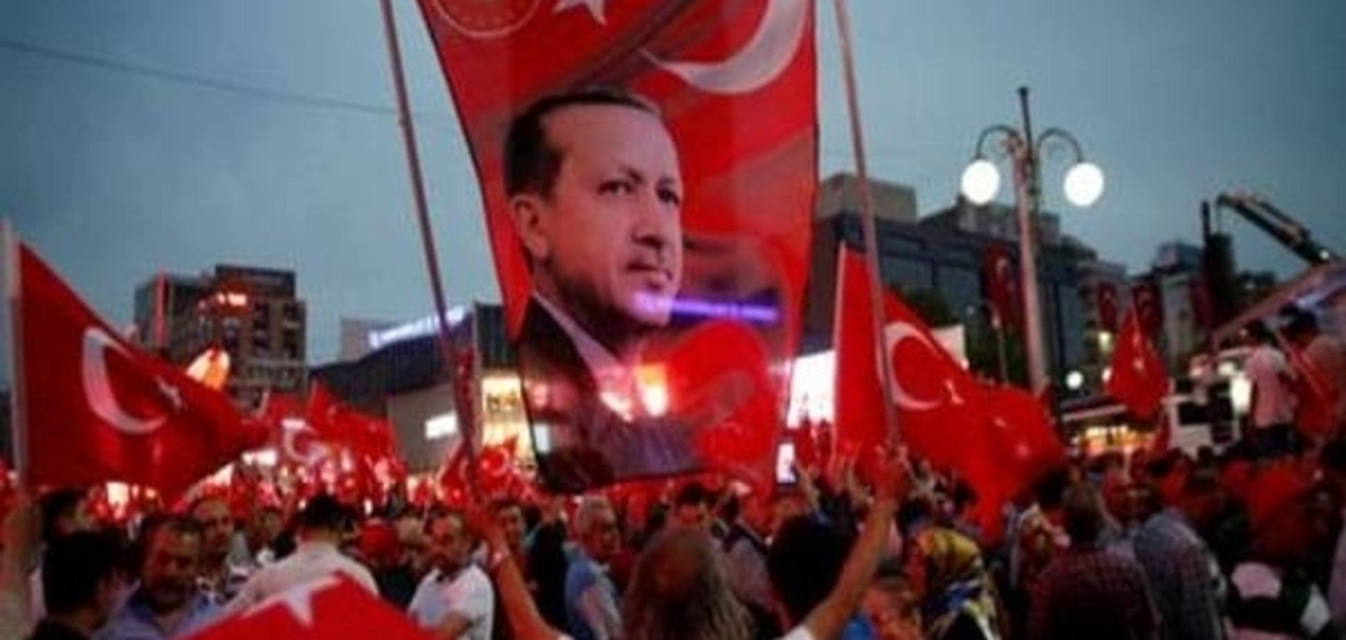 'Прощай, Европа': политолог рассказал, как изменится политика Турции после путча