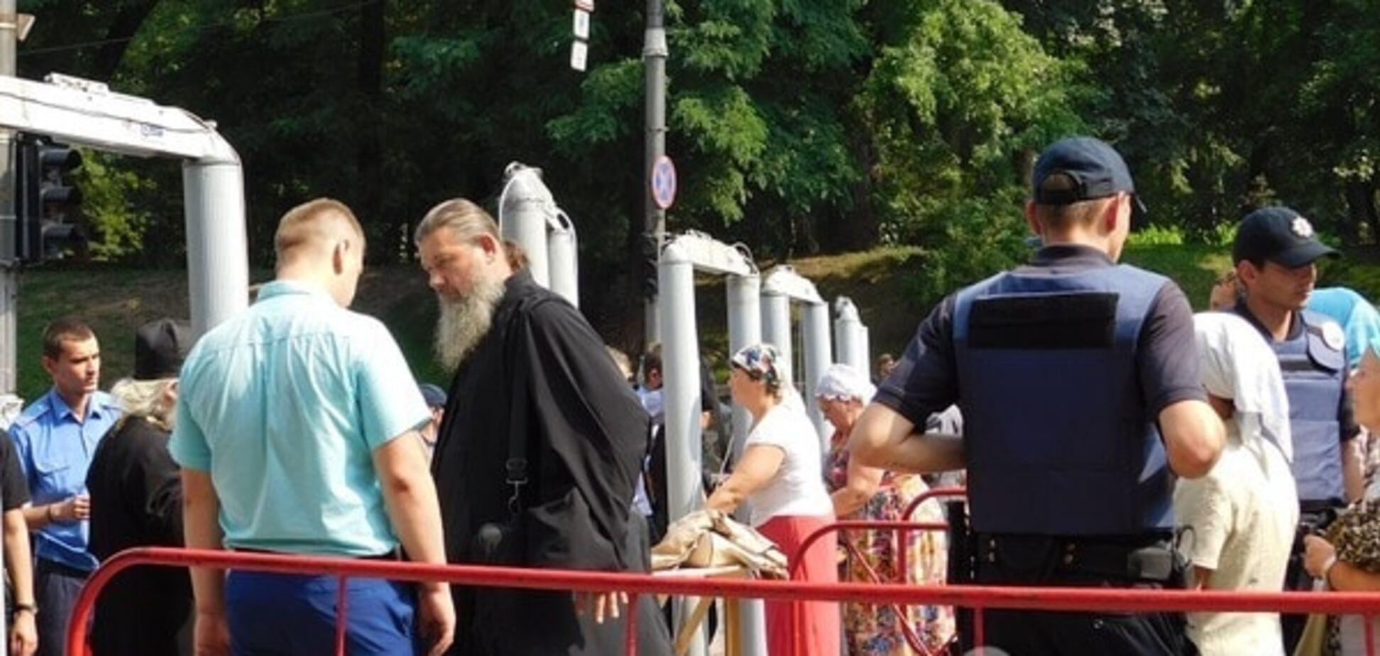Крестный ход, киев, полиция