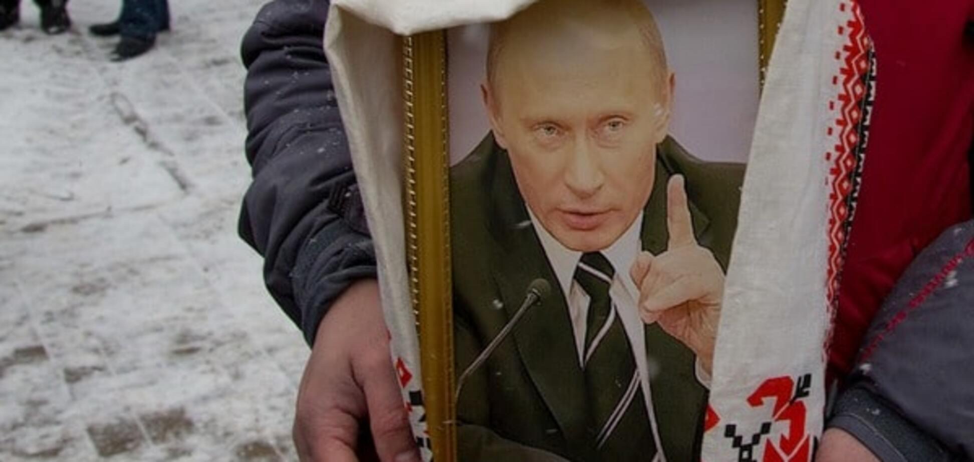 Ведущий Первого канала: Путина хотят канонизировать при жизни