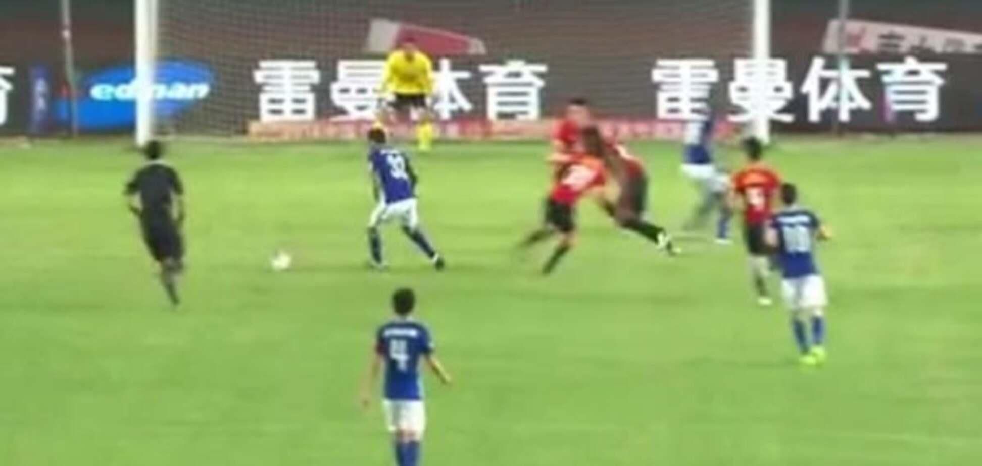 Экс-футболист 'Днепра' забил роскошный дебютный гол за новый клуб: видео шедевра