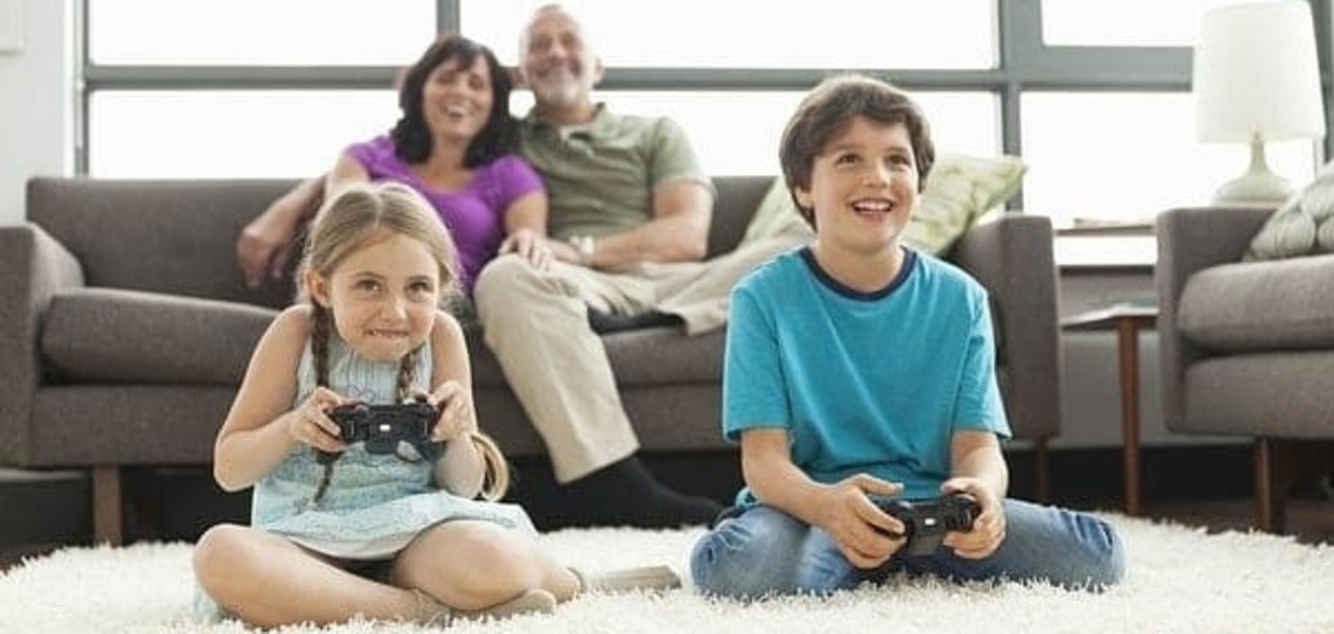 Видеоигры улучшают успеваемость в школе, а соцсети – снижают