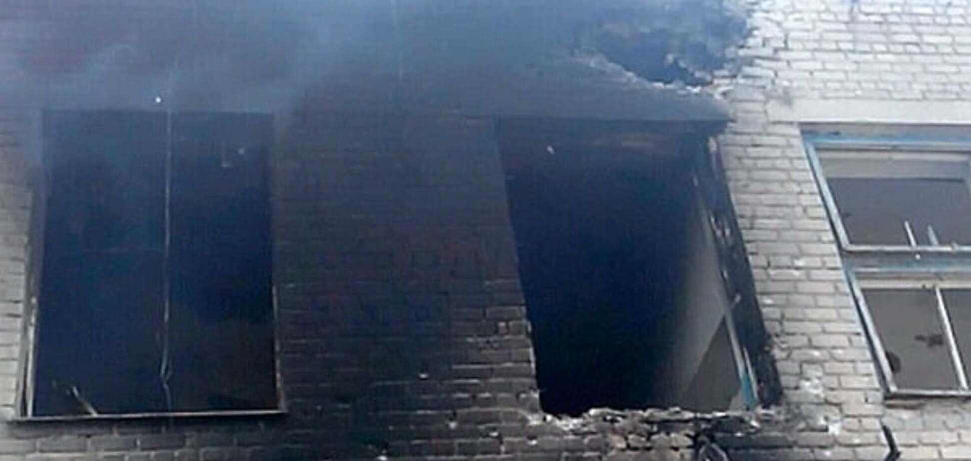 Военные показали последствия обстрела террористами Марьинки: фотофакт