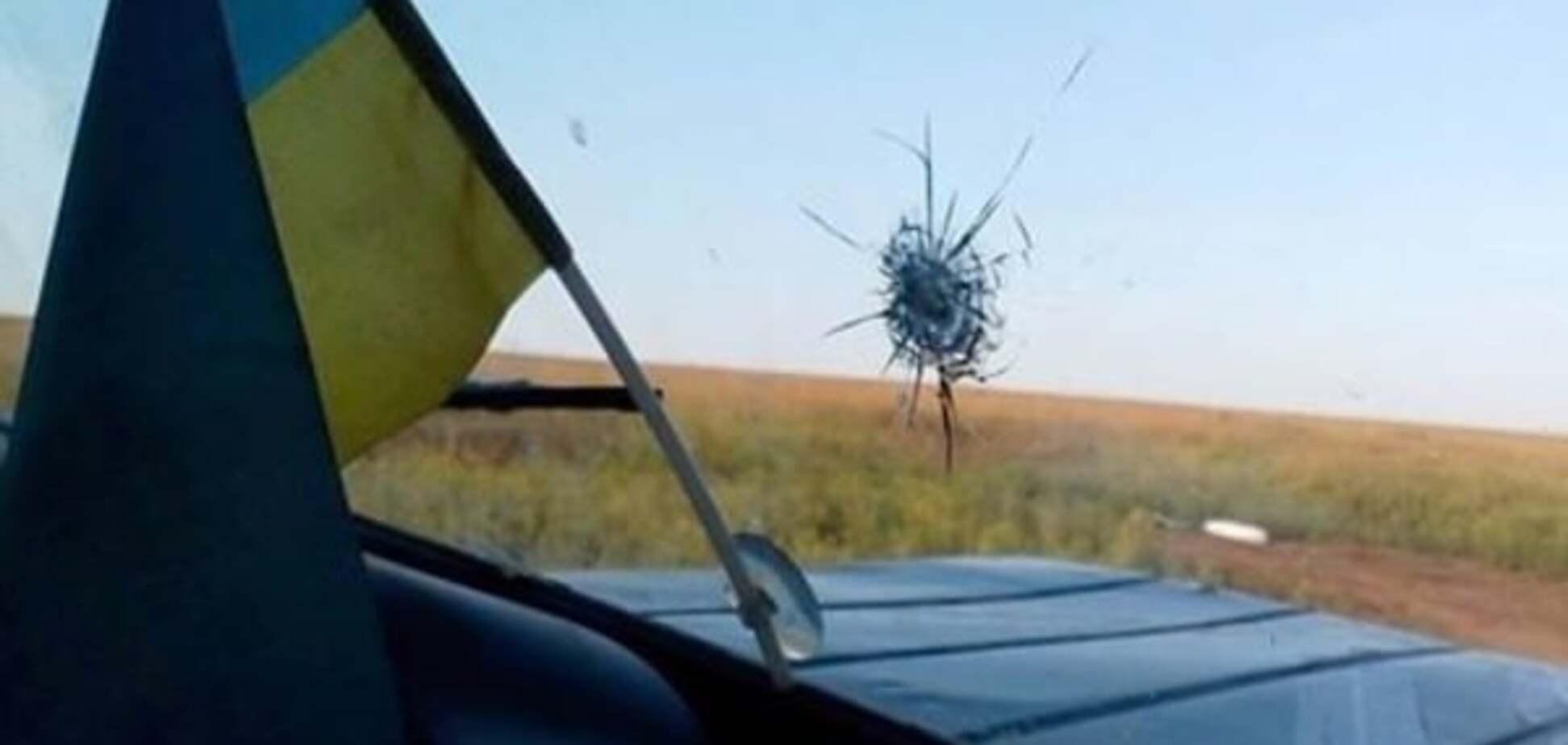Террористы обстреляли авто украинских наблюдателей