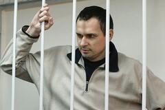 'Річка розлилася': в РФ придумали, чому не пускають відвідувачів до Сенцова