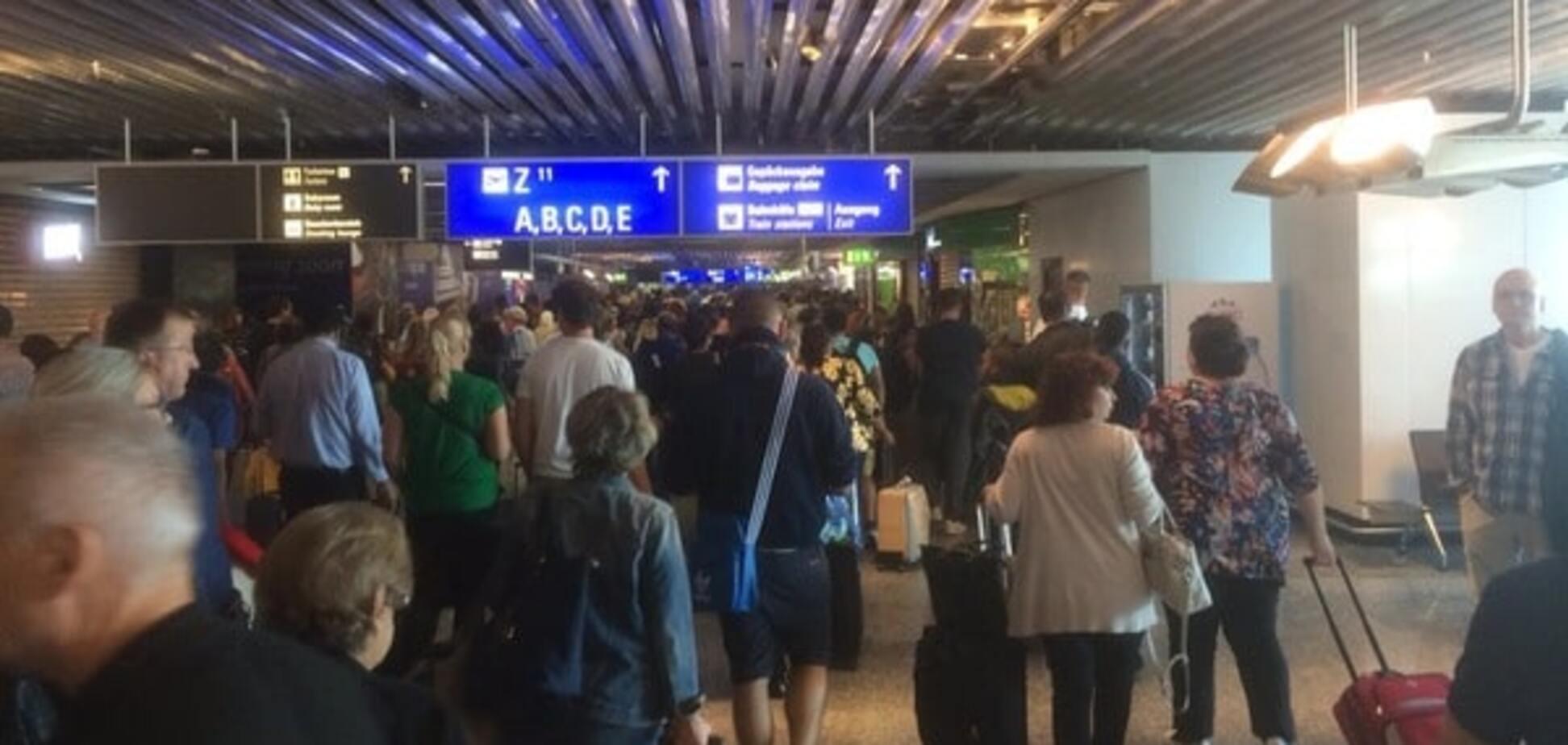 Эвакуация аэропорта