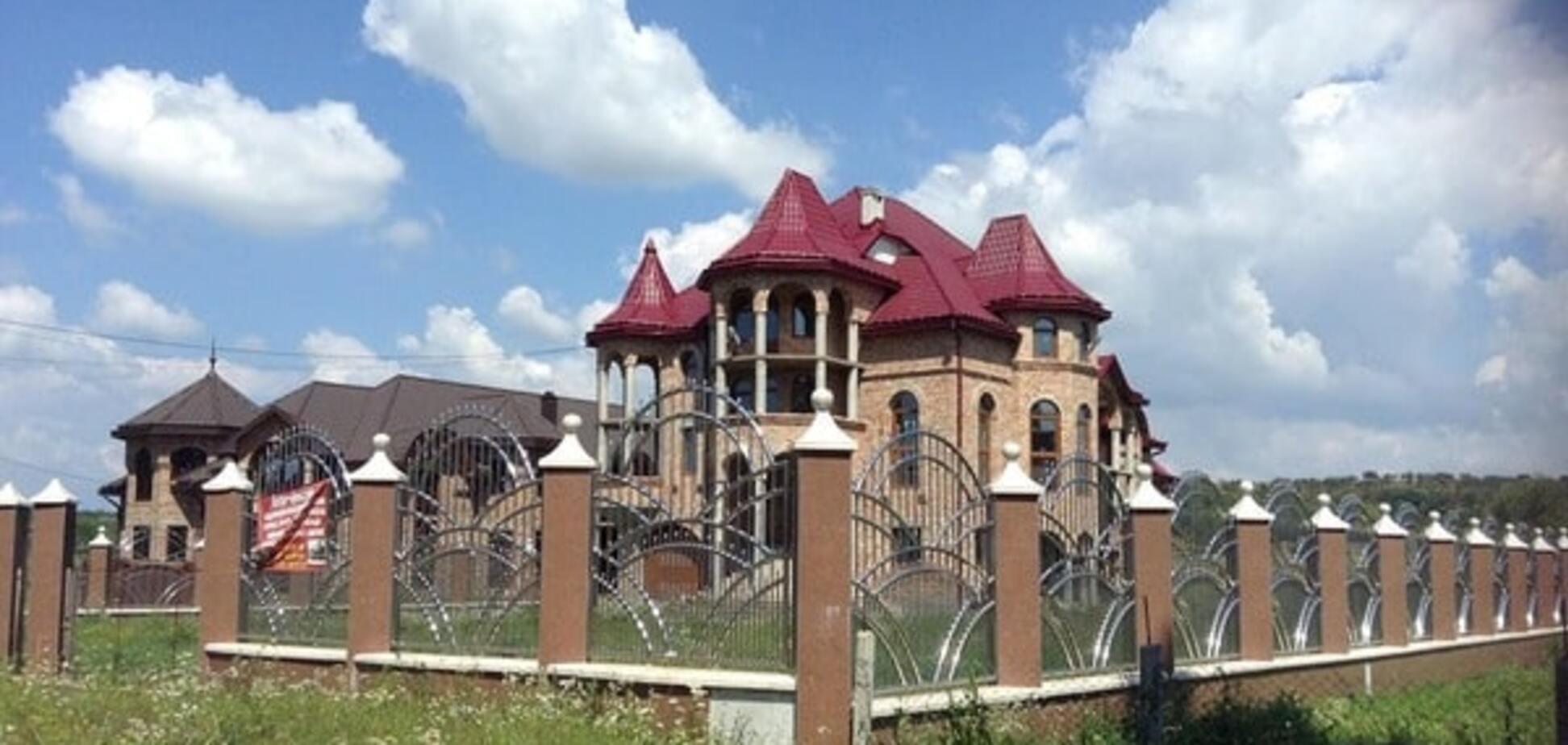 Будинок у селі Нижня Апша