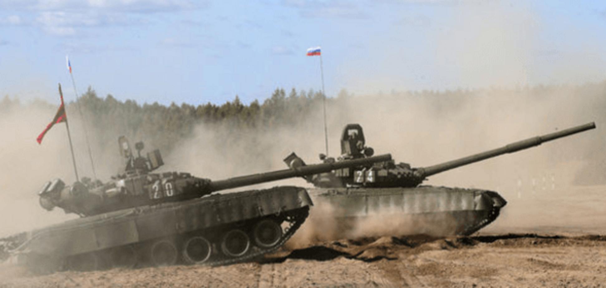 Ситуація в Криму: окупанти оточили Джанкой танками