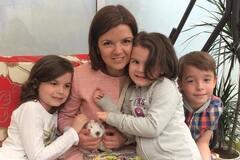 Маричка Падалко с детьми