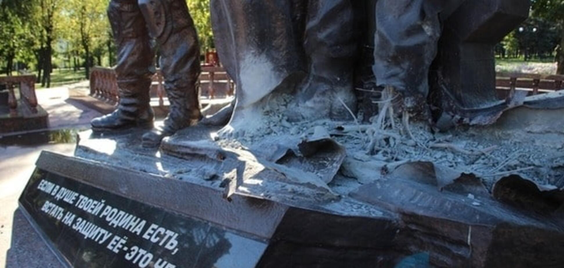 У Луганську підірвали пам\u0027ятник