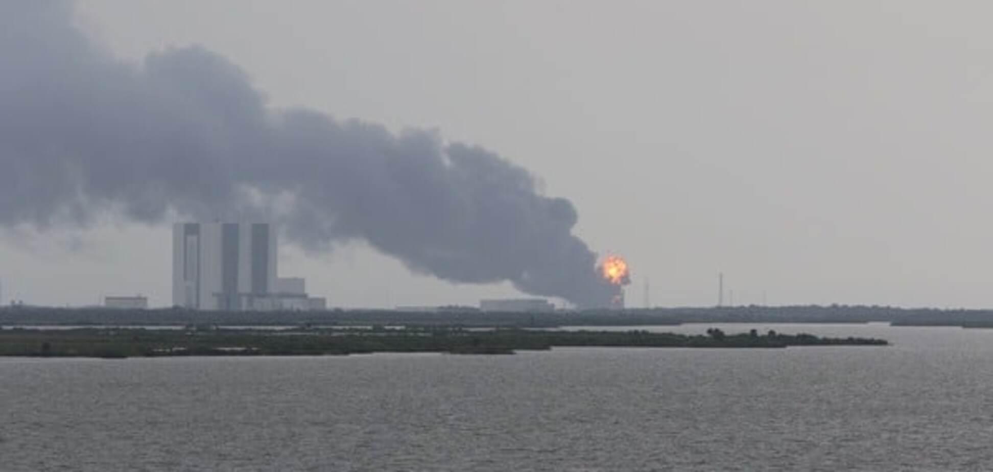 Взрыв на платформе SpaceX