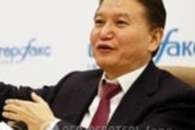 Официально: россиянина Илюмжинова отстранили от должности президента ФИДЕ